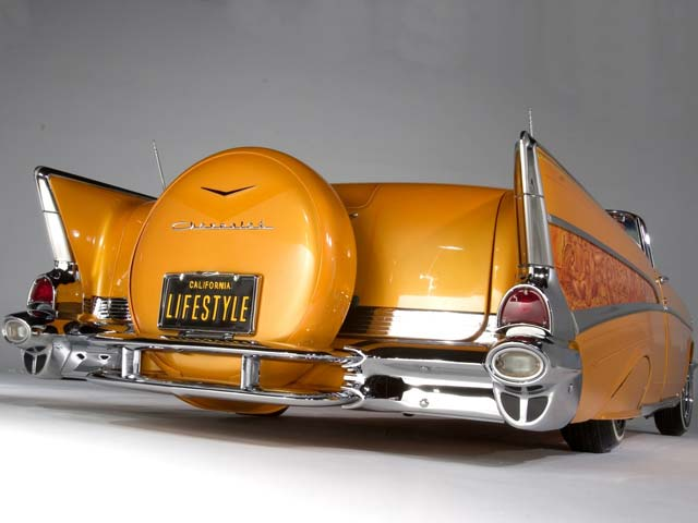 0507-02z-1957-chevrolet-bel-air-rear-view1