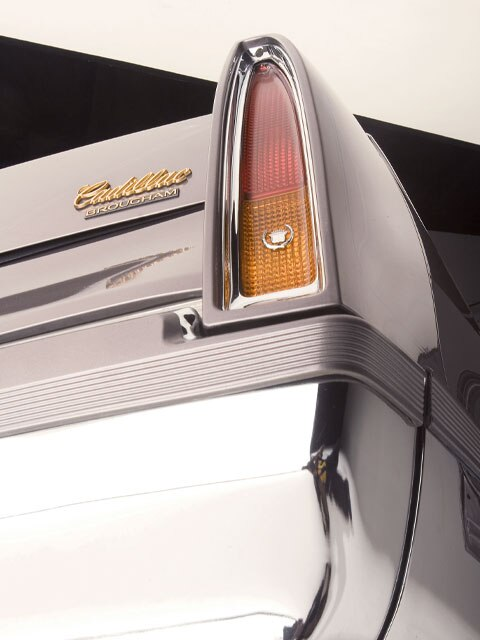 0610lrmp-08z-1994-cadillac-brougham-tail-light1