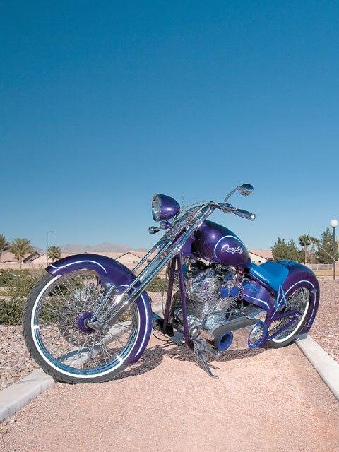 07020_lrmp_01_z-motorcycle-front