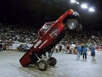 lrmp_0711_09_pl-denver_hop-rob_red_truck