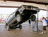 0803_lrmp_01_pl-kentucky_lowrider_show-car_hopping.JPG