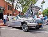 0803_lrmp_02_pl-lowrider_motorcycle_show-impala-hood_popped.JPG