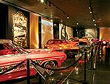 0804_lrmp_01_pl-petersen_automotive_museum-cars_on_display