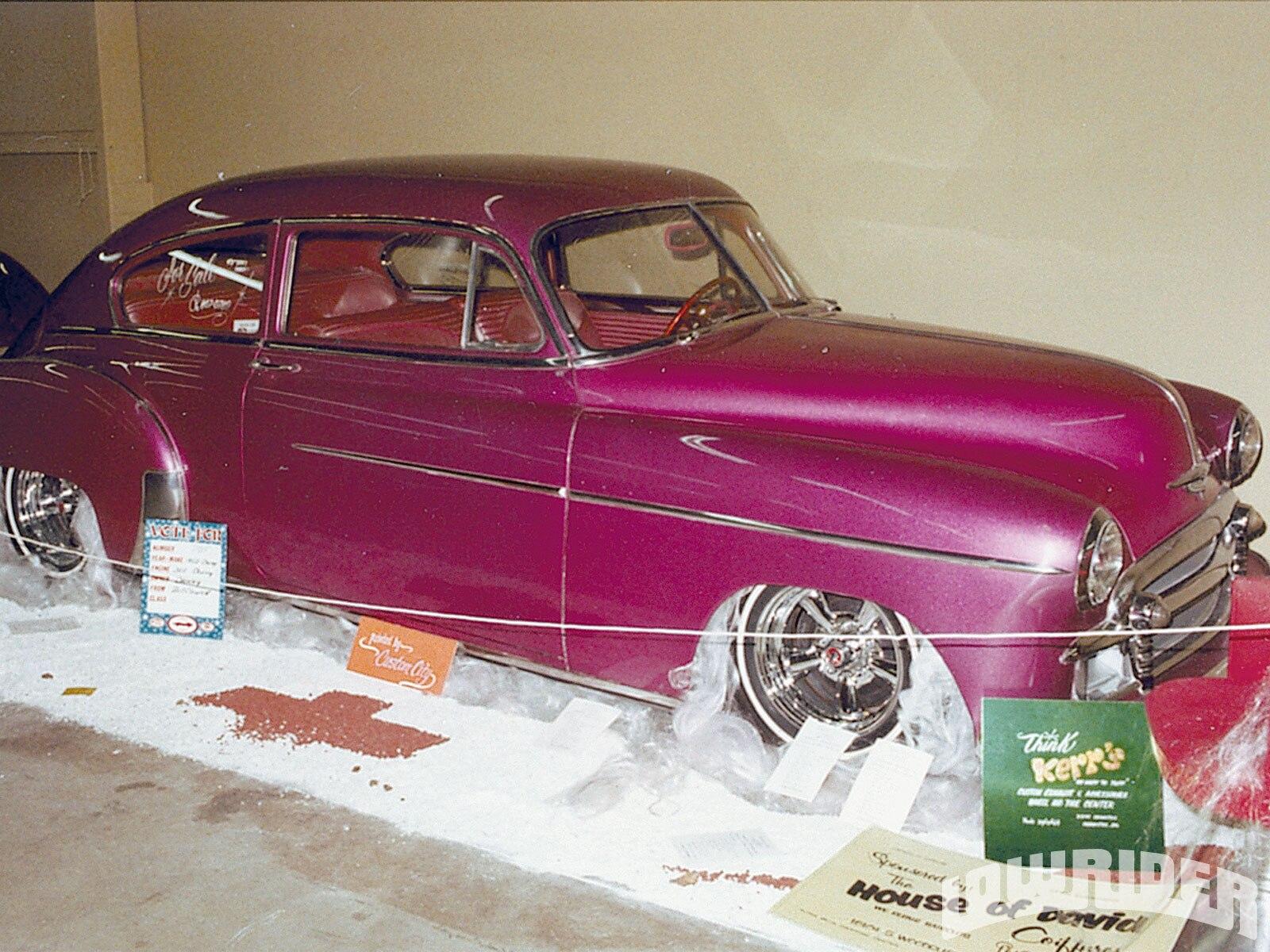 1003_lrmp_01_o-1968_buick_riviera_vintage_rides-fuschia_492
