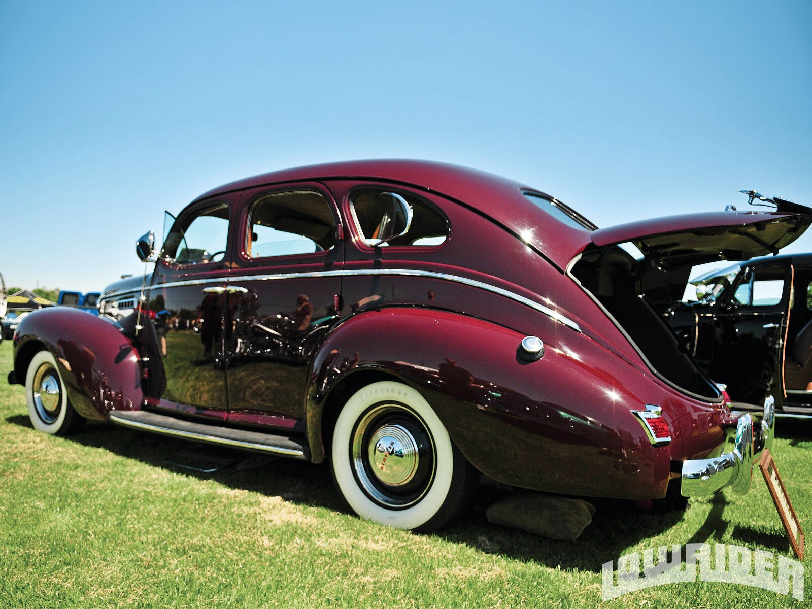 San Fernando Valley Car Show - Oldies Car Club - Lowrider Magazine