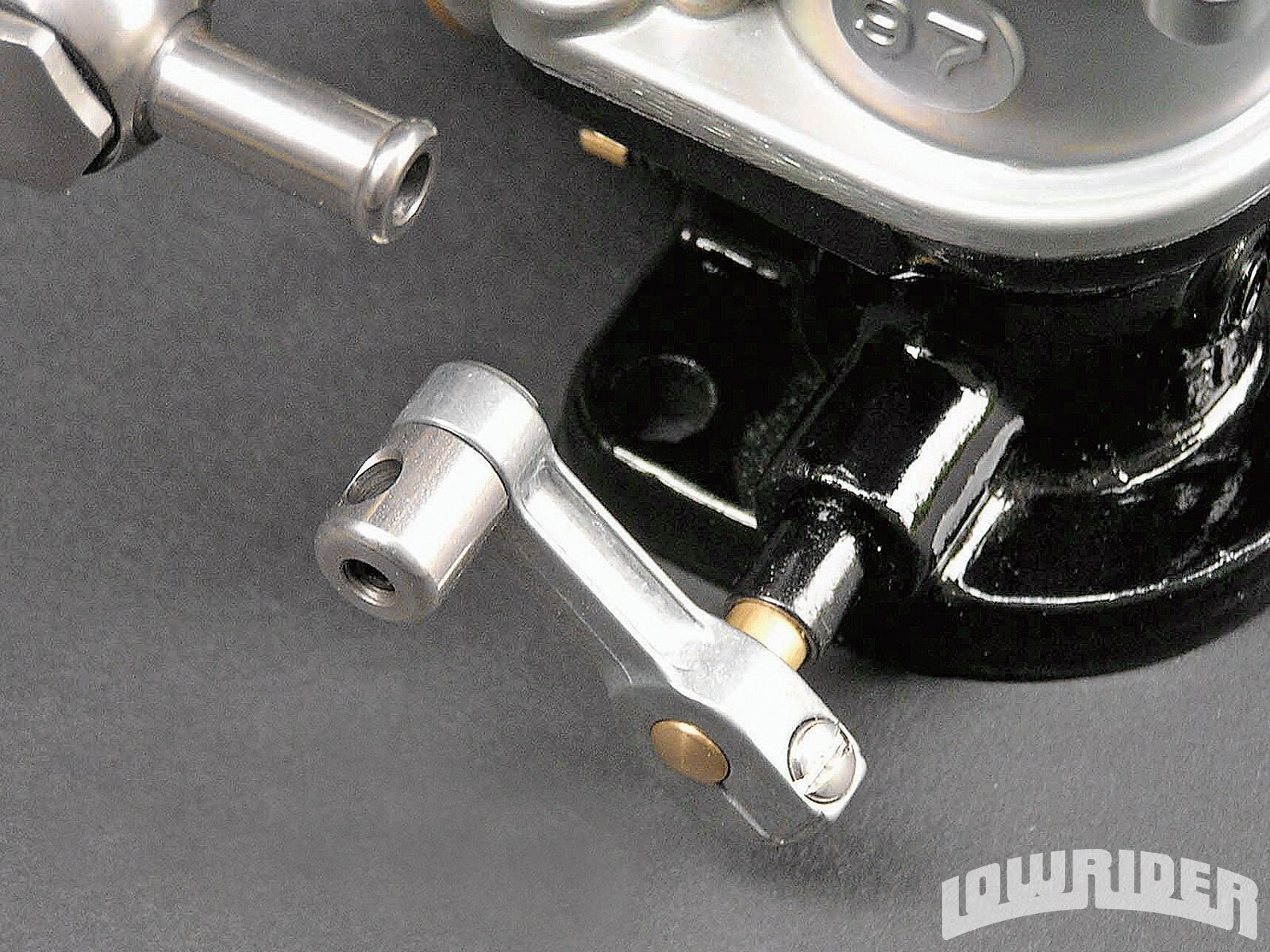 1003_lrmp_01_o-lowrider_parts_accessories-stromberg_throttle_arm2