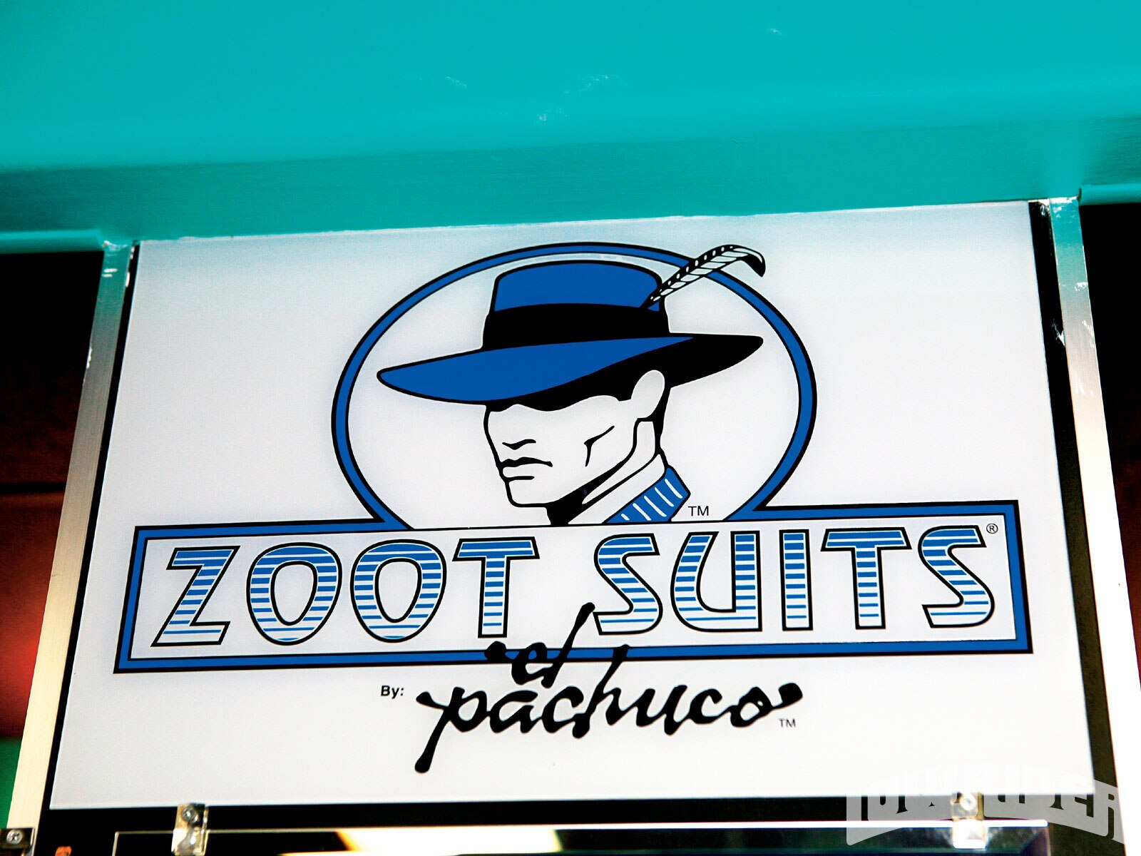 1005_lrmp_01_o-el_pachuco_zoot_suits-sign5
