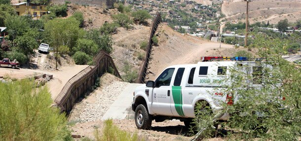 lrmp_1005_01_z-fast_facts-border_patrol2