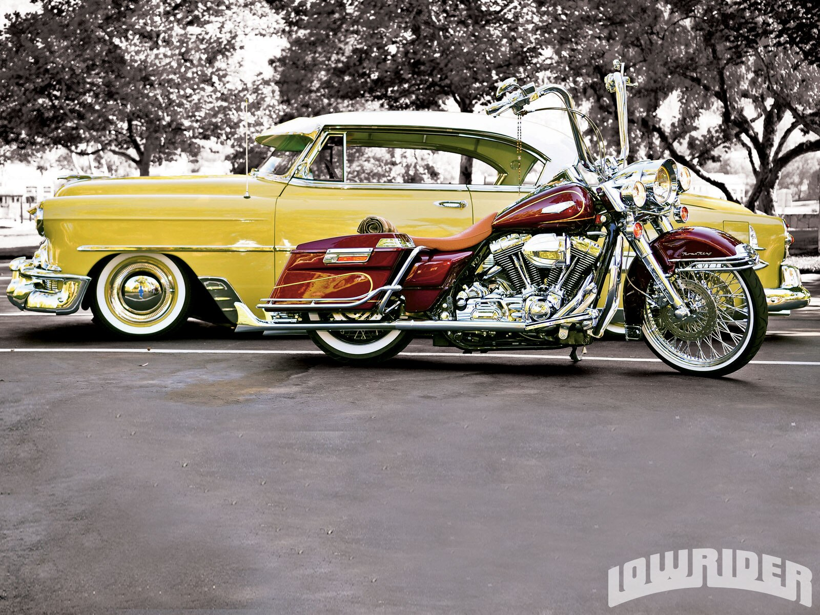 lrmp_1007_01_o-1953_chevrolet_bel_air-and_2004_harley_road_king4