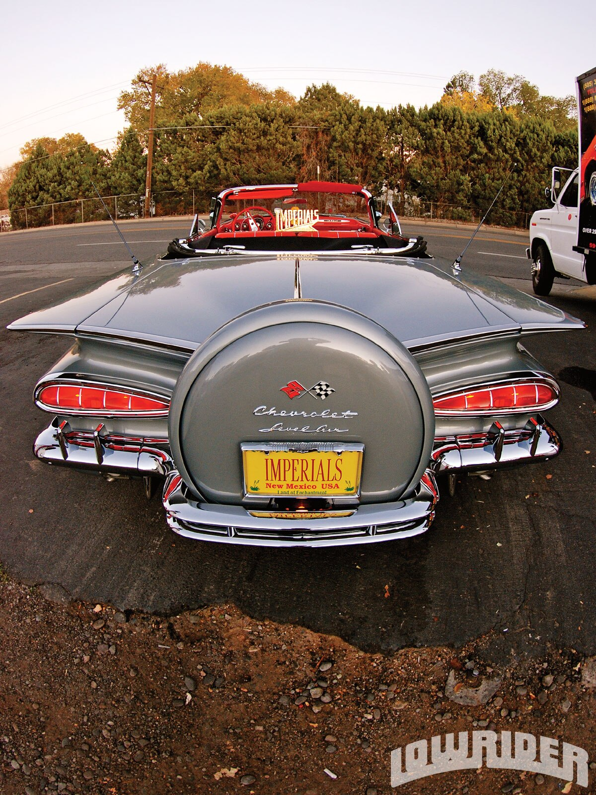 1009-lrmp-02-z-1959-chevrolet-impala-rear-view1