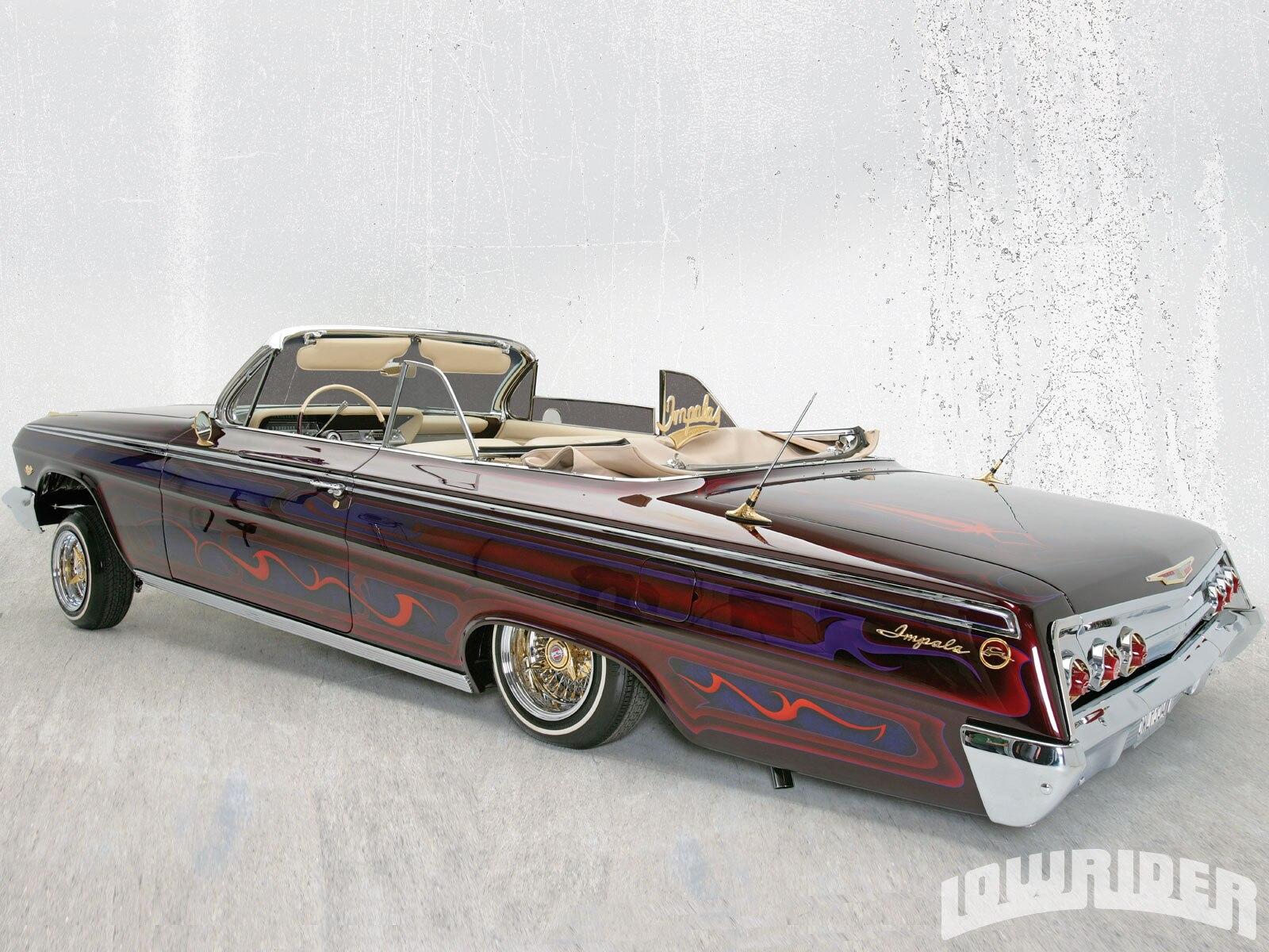 1009-lrmp-09-z-1962-chevrolet-impala-convertible-driver-side-rear-view2