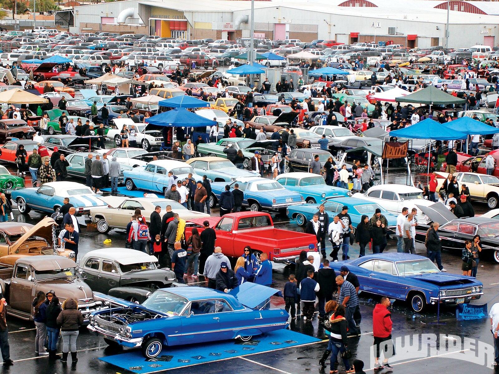 lrmp_1008_04_o-phoenix_arizona_2010-crowds5