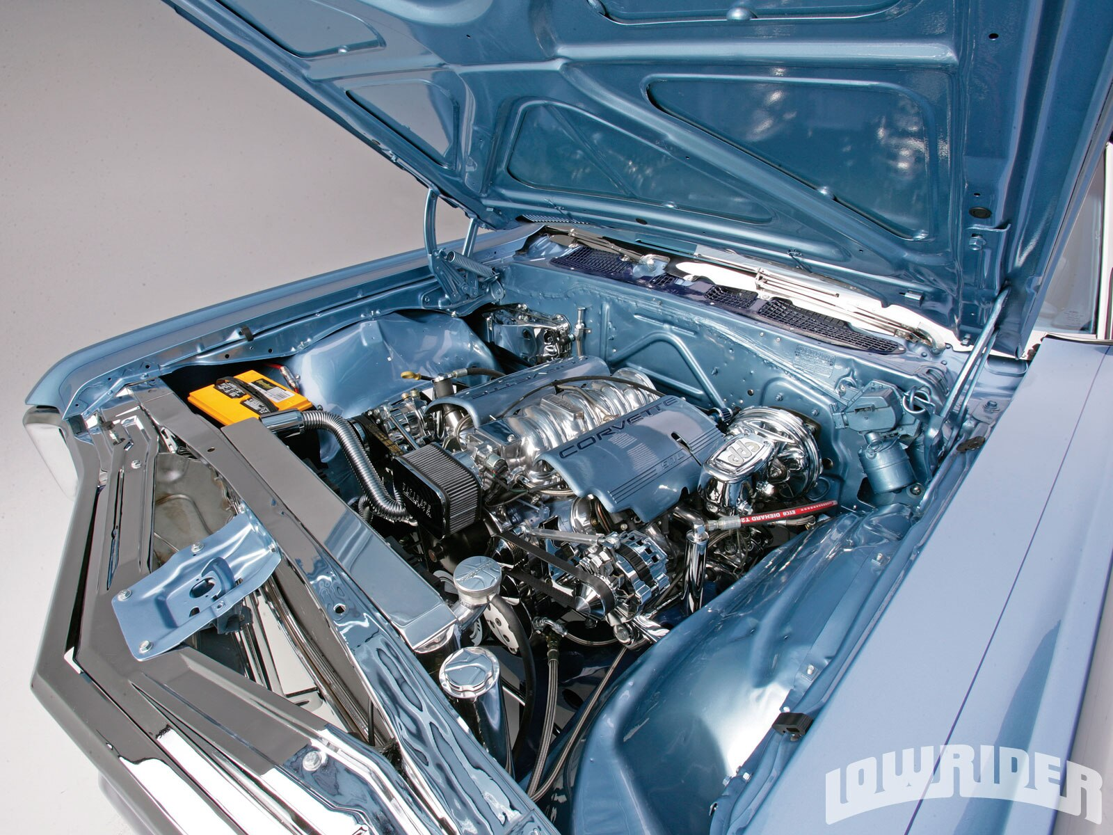 lrmp_1010_03_o-1969_chevrolet_impala_convertible-corvette_engine2