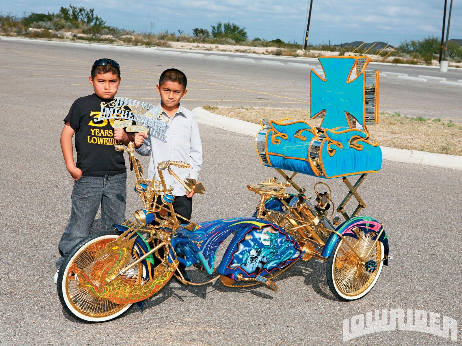 Tricycle Bike Parts : Custom trike dragon fantasy lowrider magazine