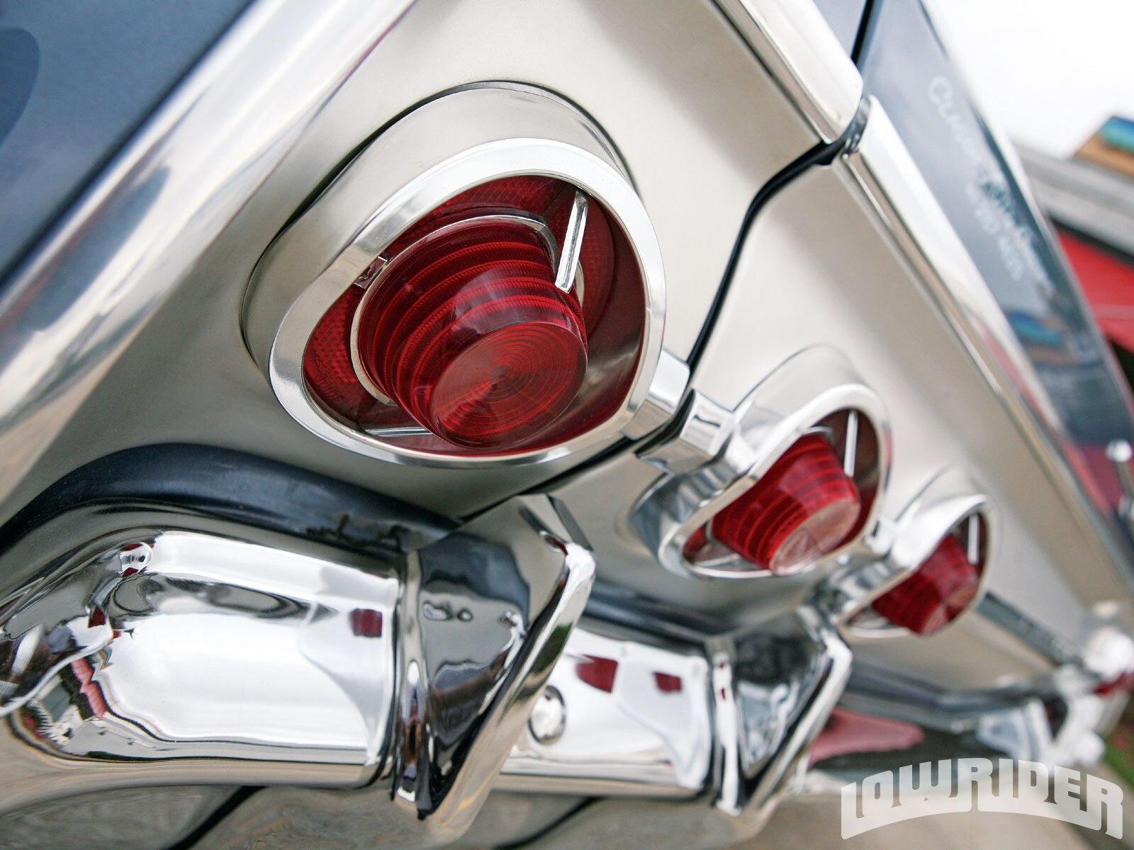 lrmp_1012_01_o-1962_chevrolet_impala-rear_tail_lights3
