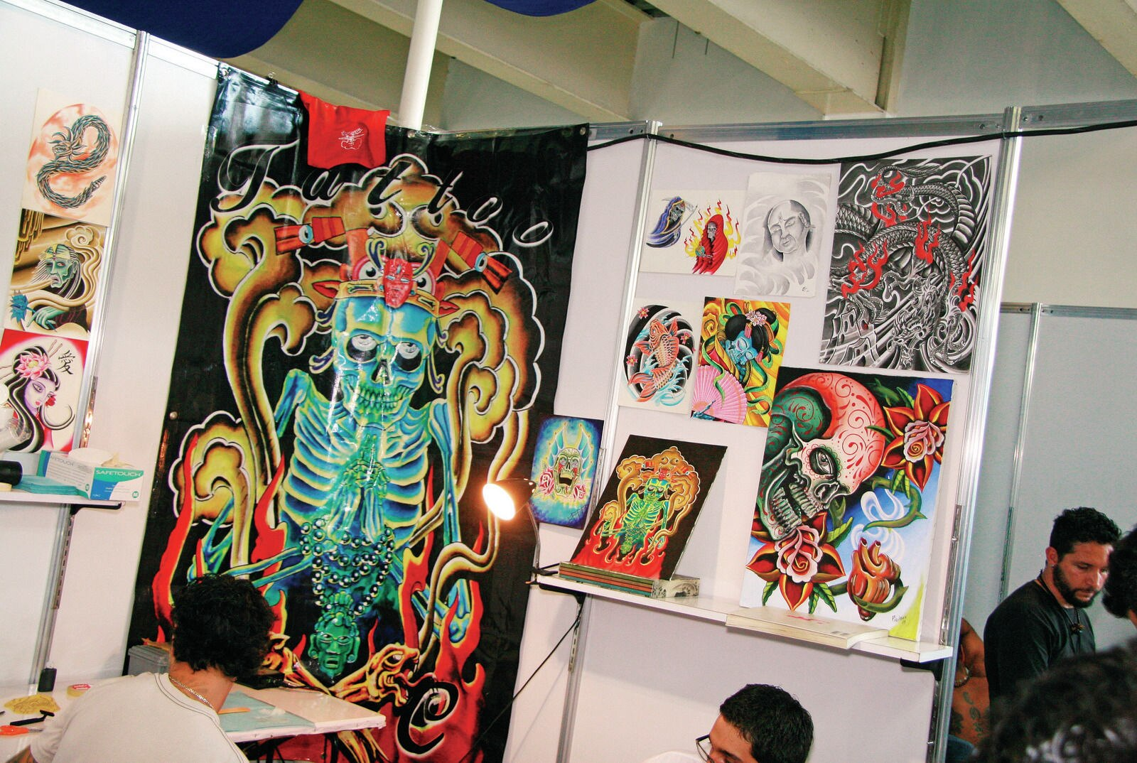 1102-lras-07-o-mexico-city-tattoo-convention-murals.JPG1