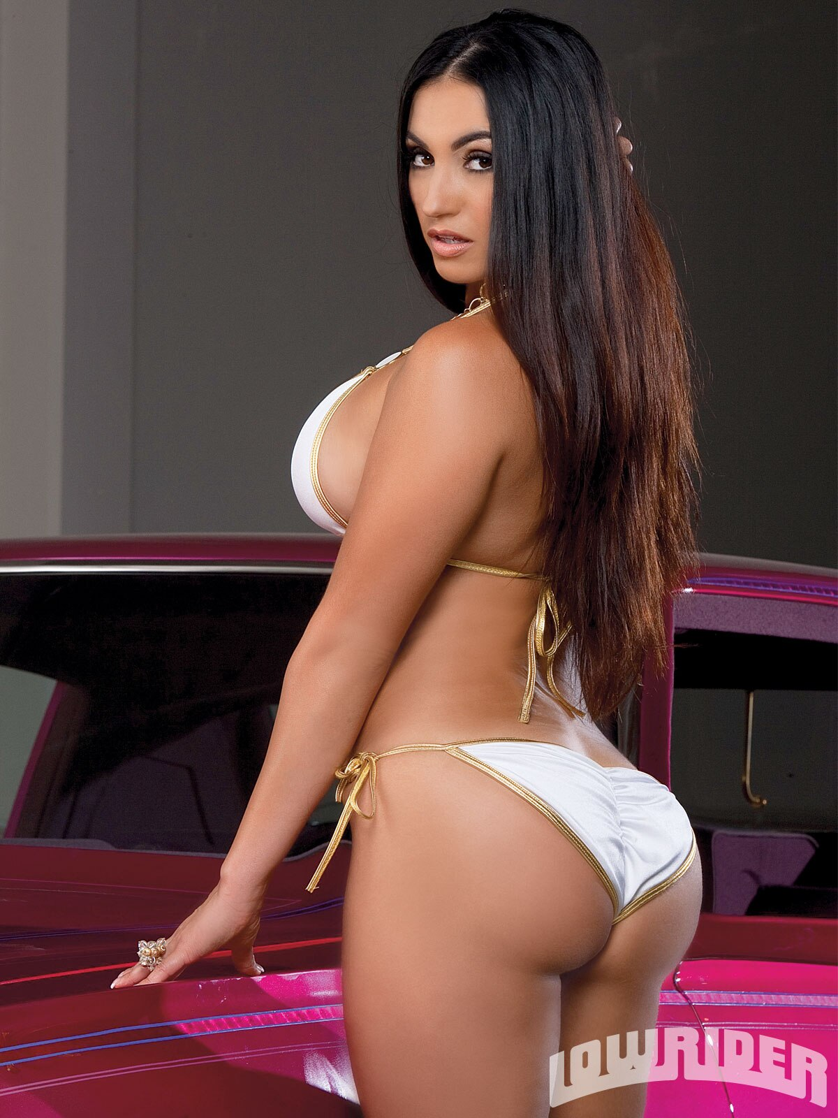 Mary - Lowrider Girls Model - Lowrider Girls Magazine