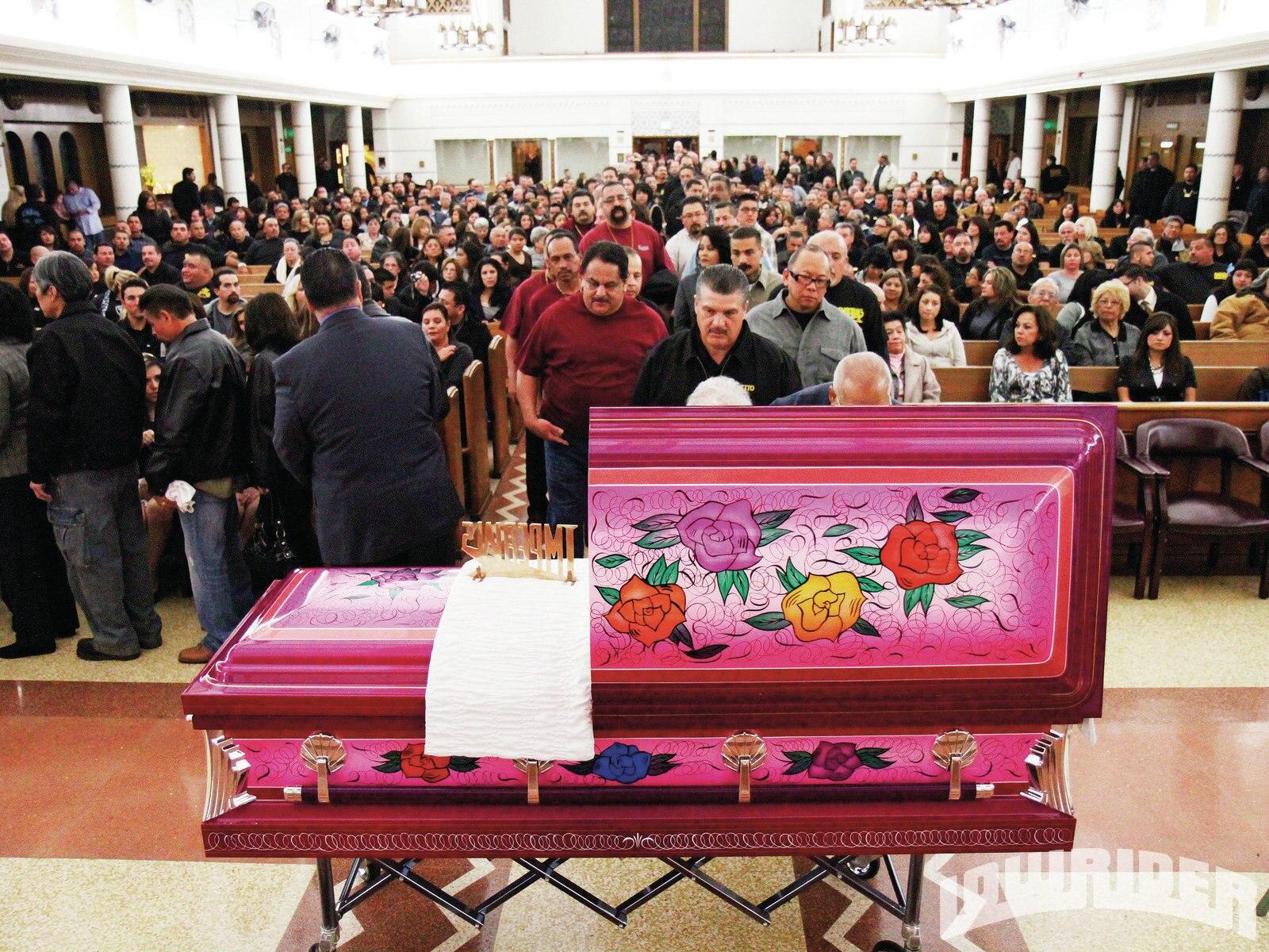 lrmp_1106_01_z-mr_imperial_tribute-casket3