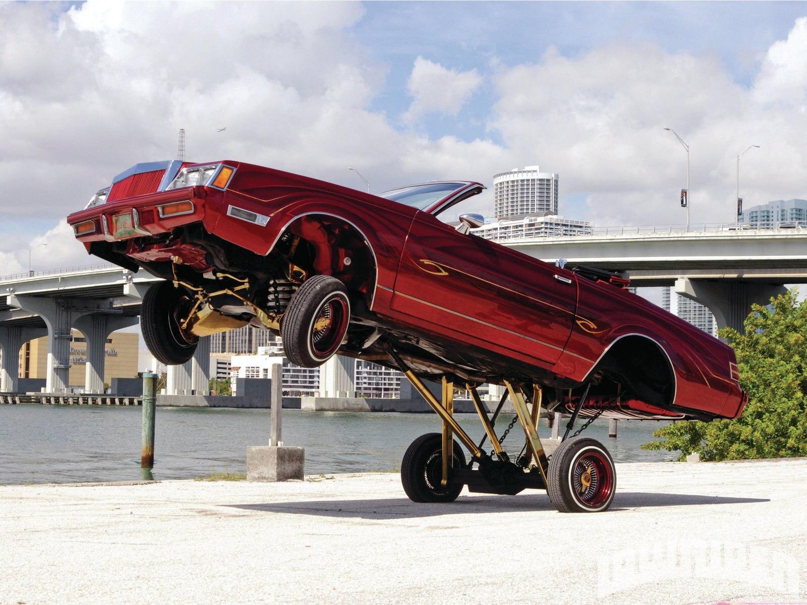 lrmp-1107-01-z-1985-buick-regal-hopping1