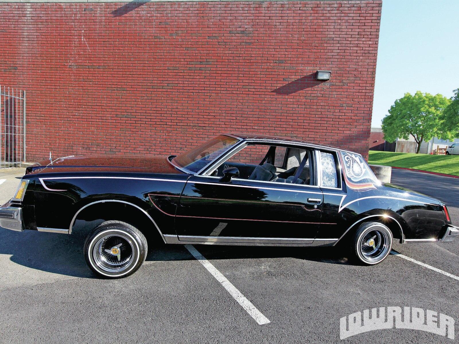 1110-lrmp-09-o-lowrider-on-the-blvd-1979-buick-regal2