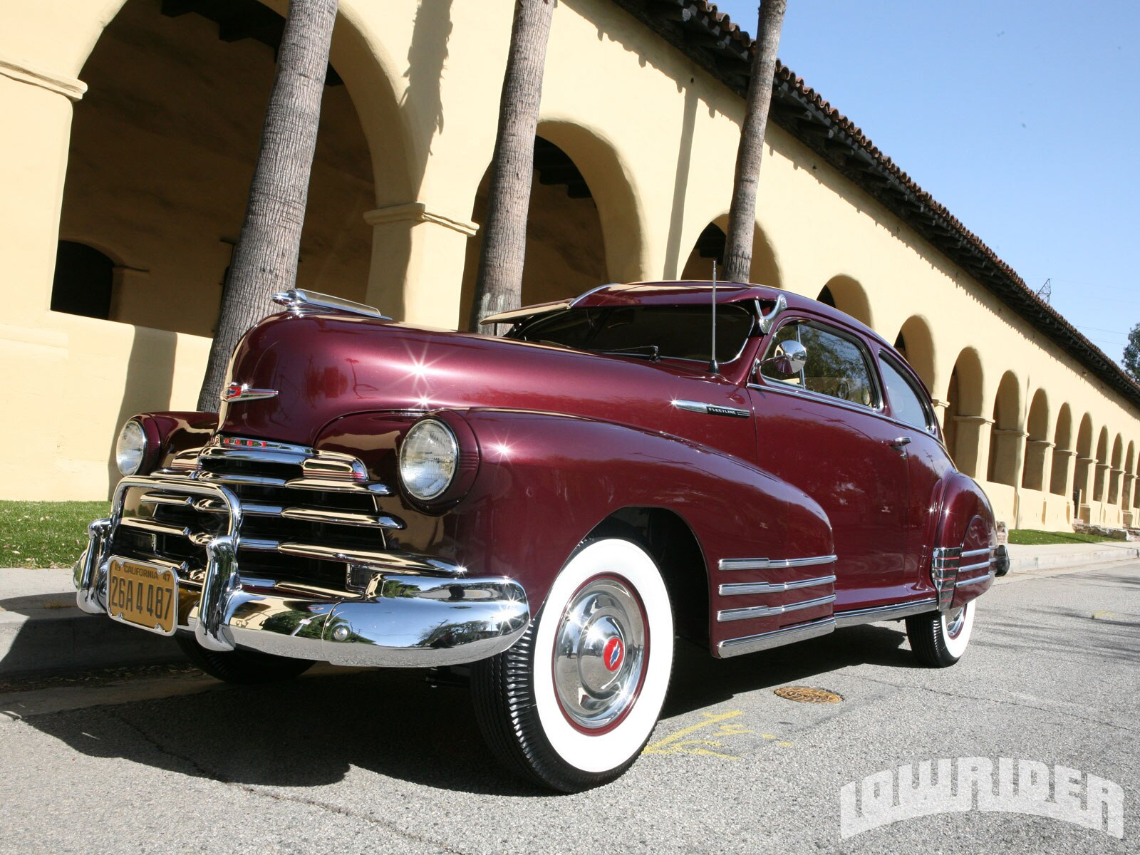 1110-lrmp-13-o-1947-chevrolet-fleetline-driver-side-front-view2