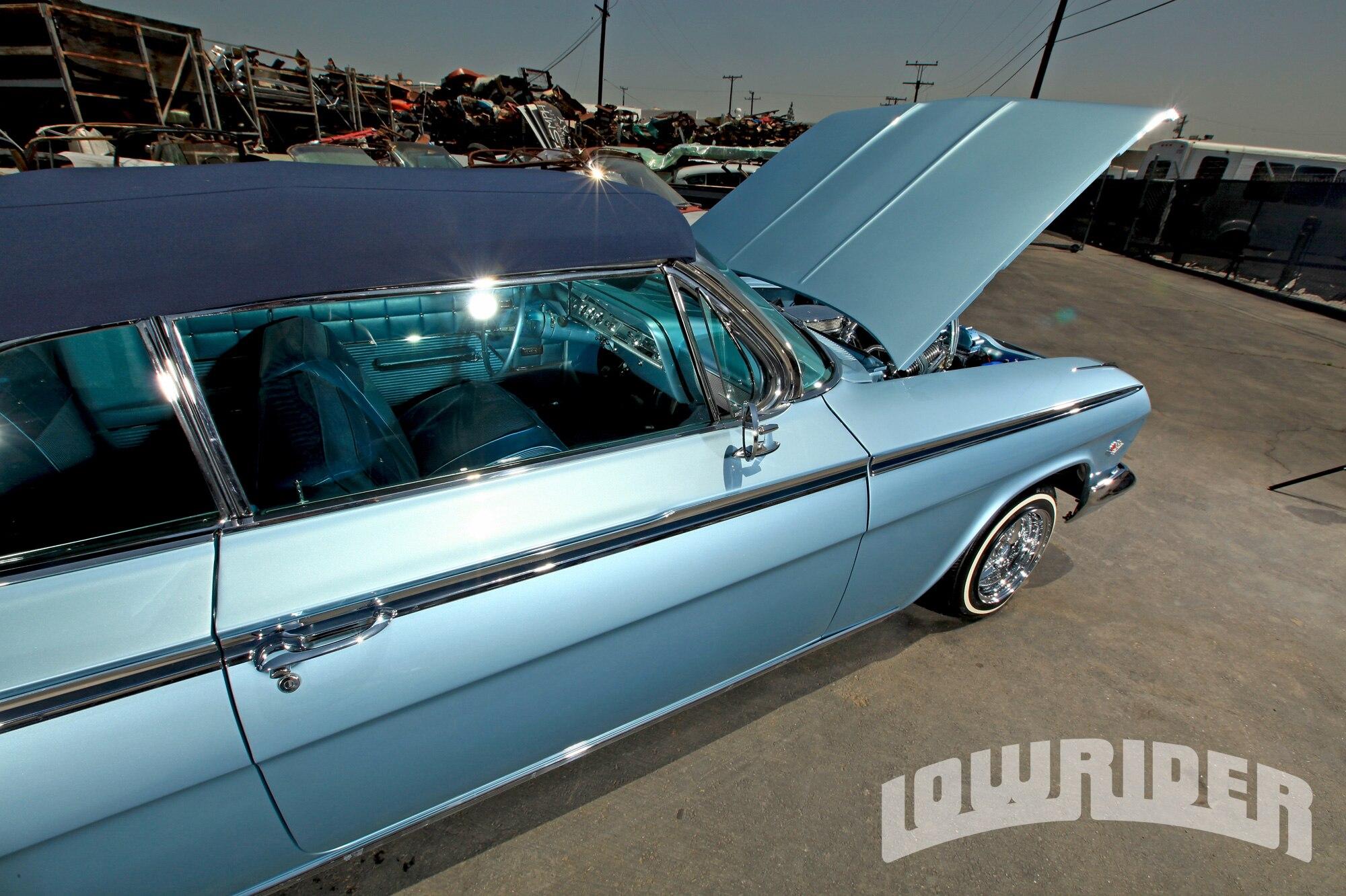 lrmp-1201-01-o-1962-impala-convertible-open-hood2