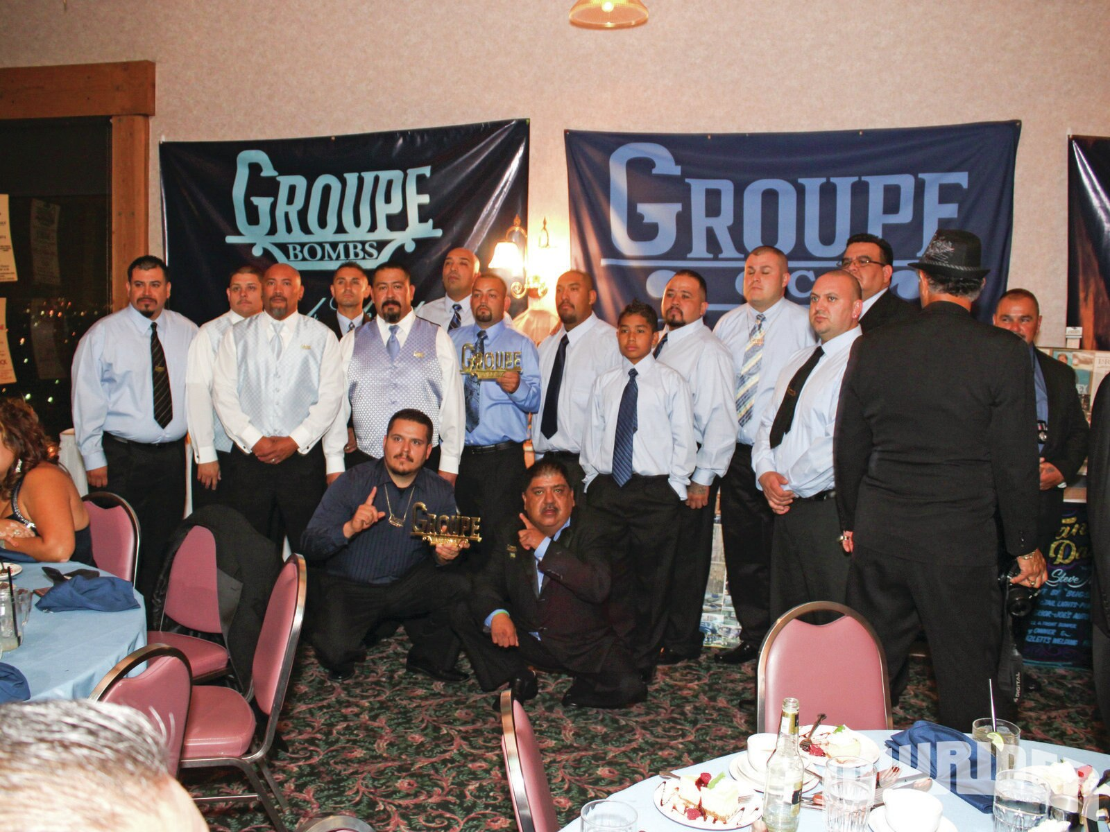 1203-lrmp-01-o-groupe-car-club-40th-anniversary-club-members1