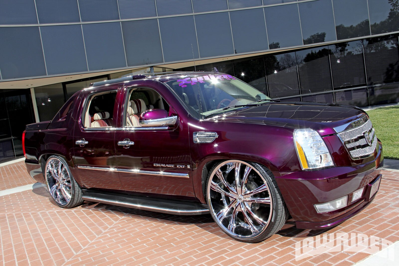 2007 Cadillac Escalade Ext Lowrider Magazine