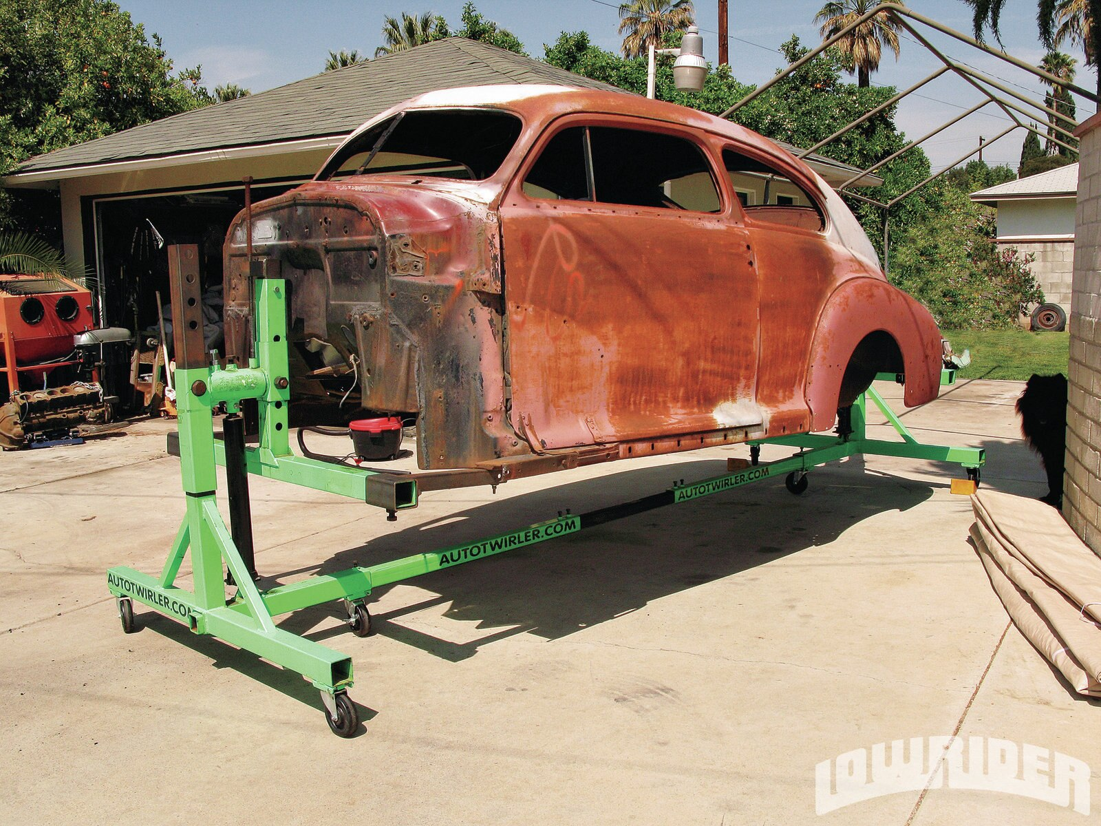 1208-lrmp-01-o-sheet-metal-repair-1947-chevrolet-fleetline-aero-sedan1