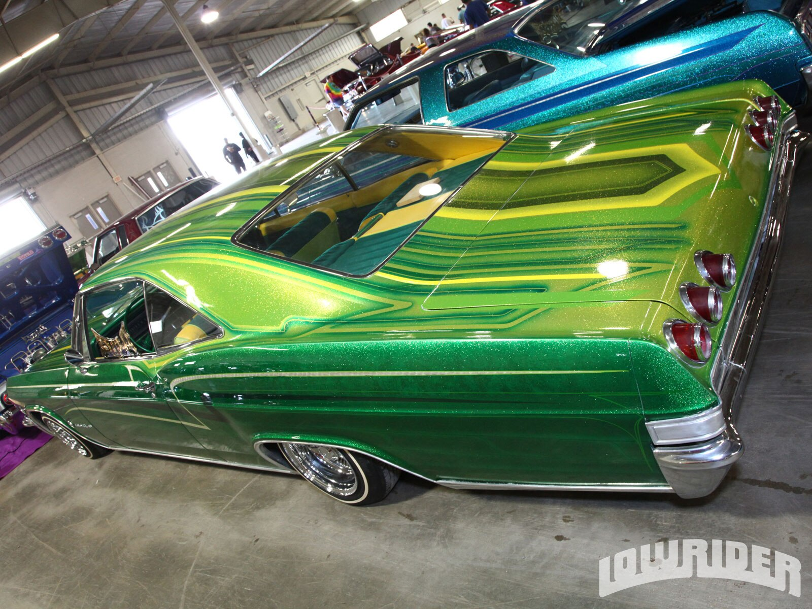 1208-lrmp-02-o-40th-annual-tejano-super-show-custom-lowrider