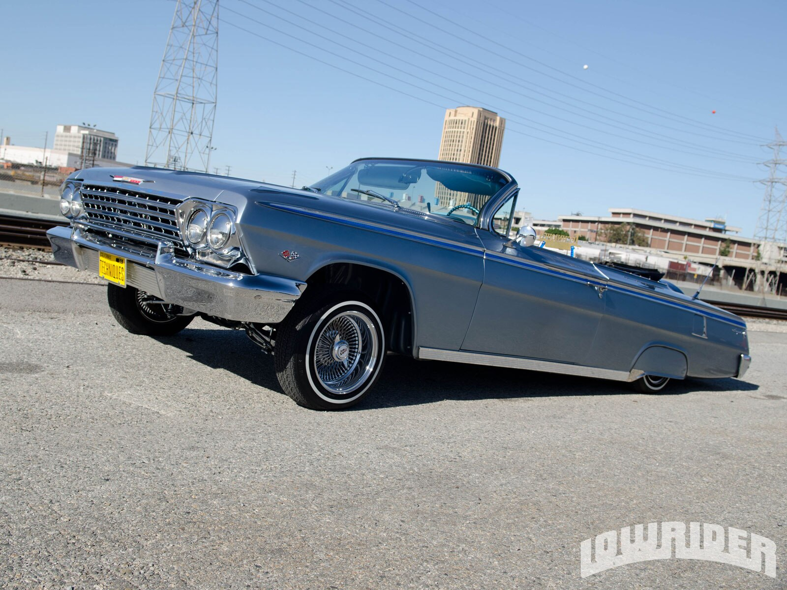 1209-lrmp-08-o-1962-chevrolet-impala-convertible-driver-side-front-view2