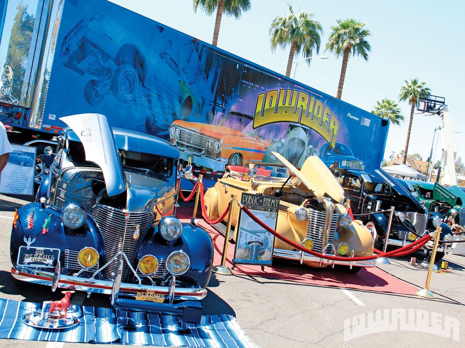 1209-lrmp-01-o-mesa-super-show-lowrider-trailer.JPG1