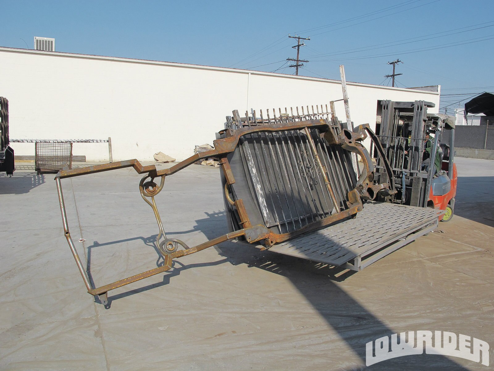 1209-lrmp-01-o-powder-coating-cadillac-frame