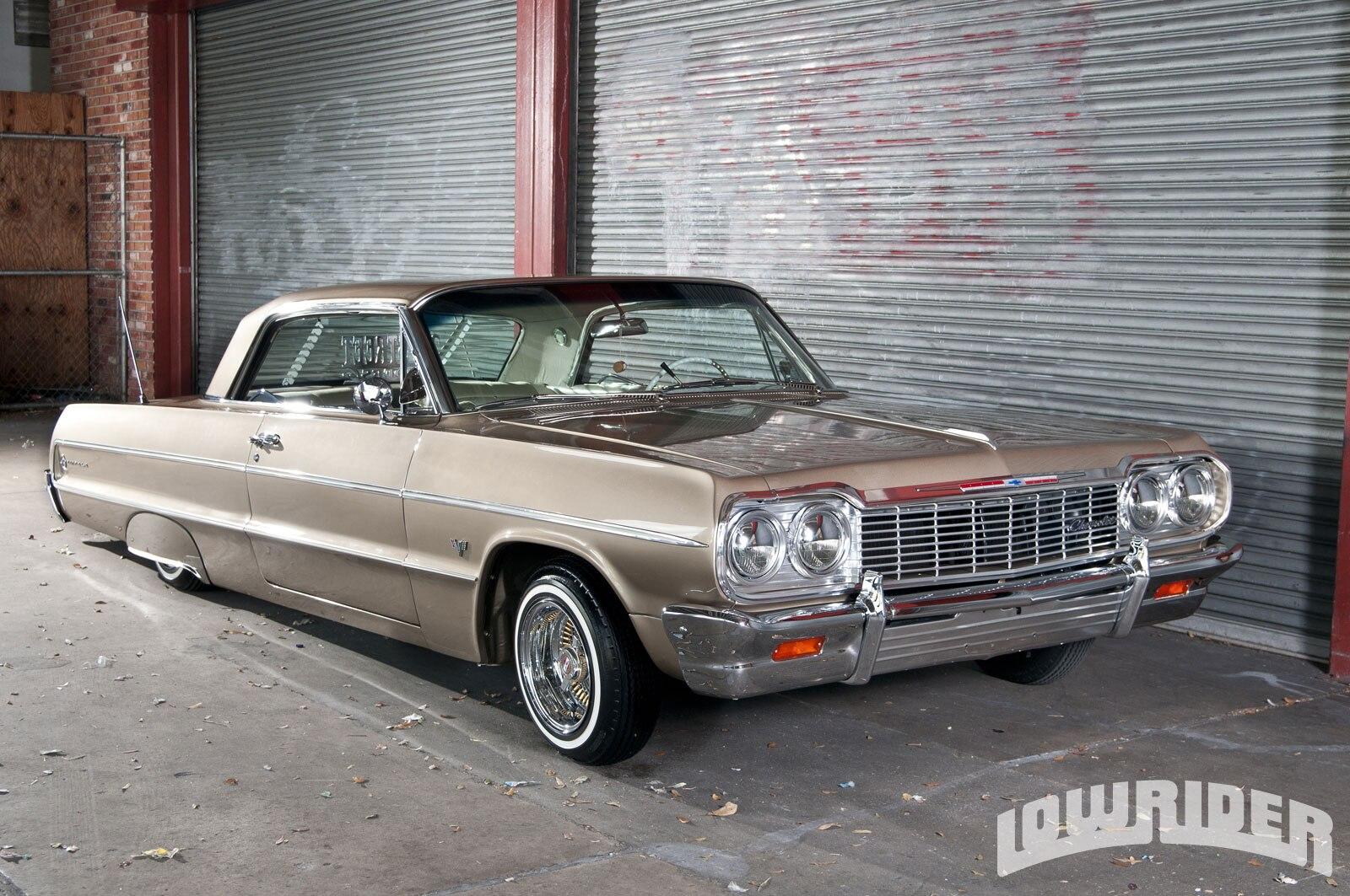 1209-lrmp-03-o-1964-chevrolet-impala-passenger-side-front-view2