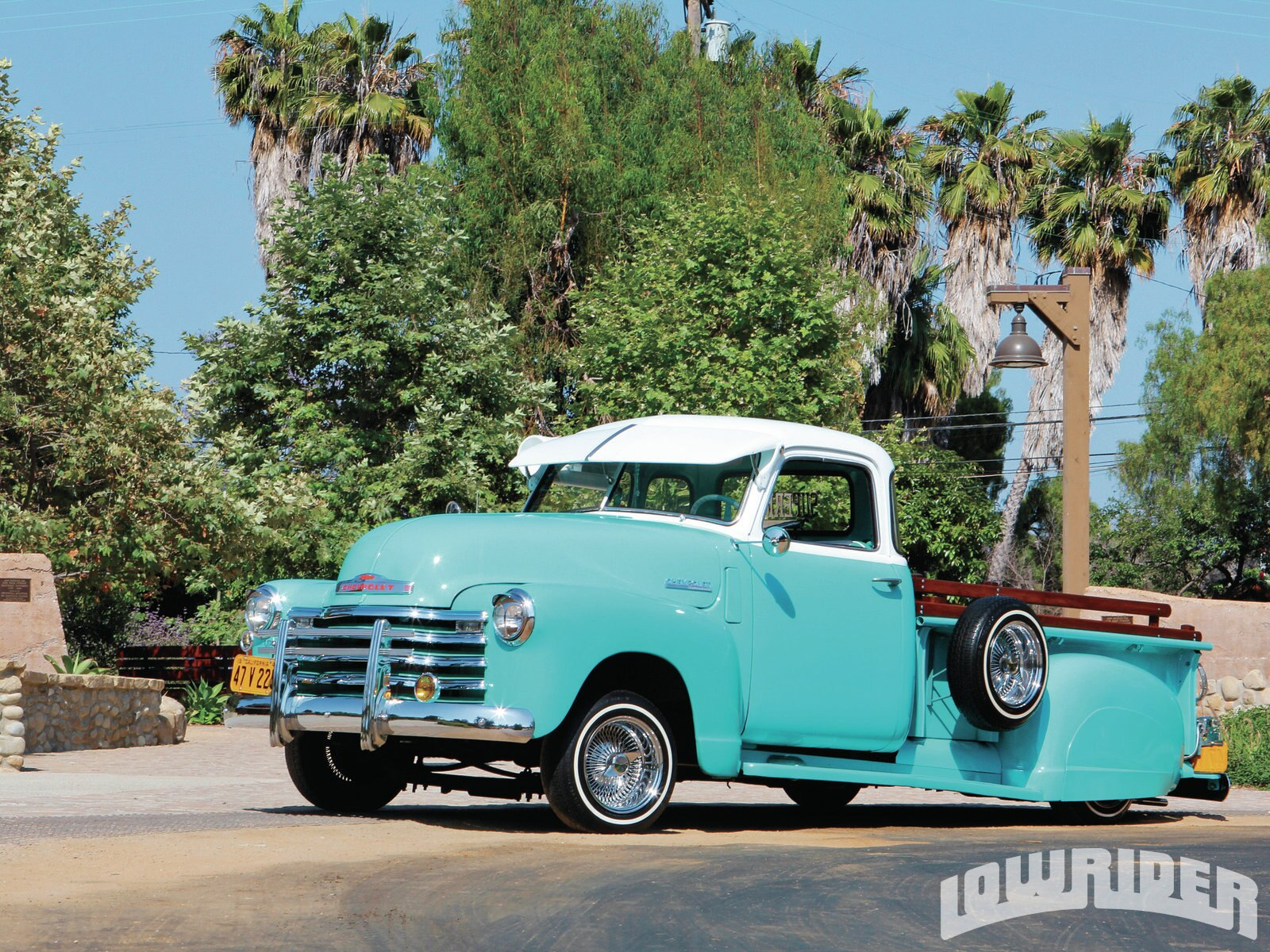 1210-lrmp-01-o-1947-chevrolet-3100-pickup-driver-side-front-view1