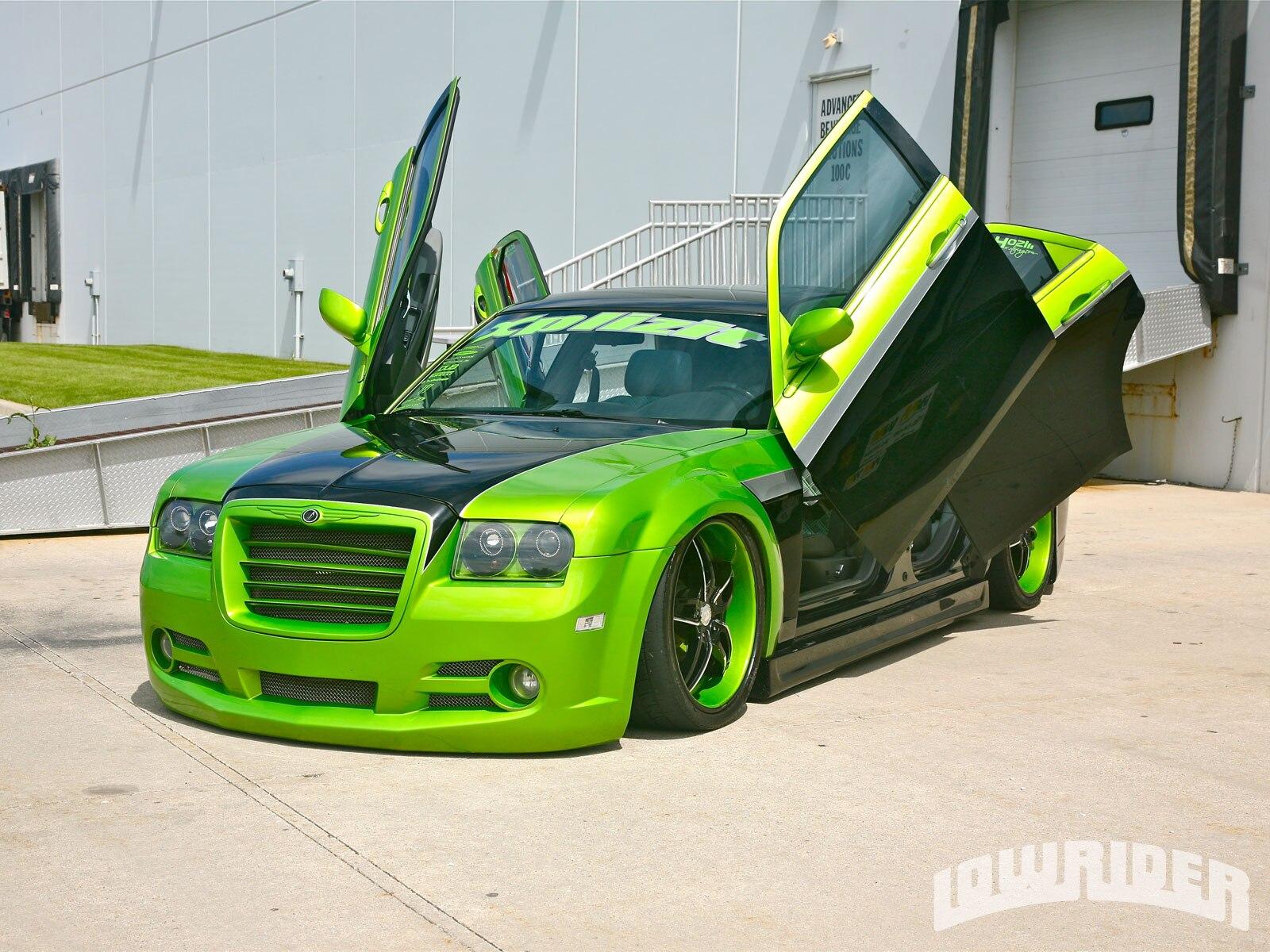 2005 Chrysler 300c Lowrider Magazine