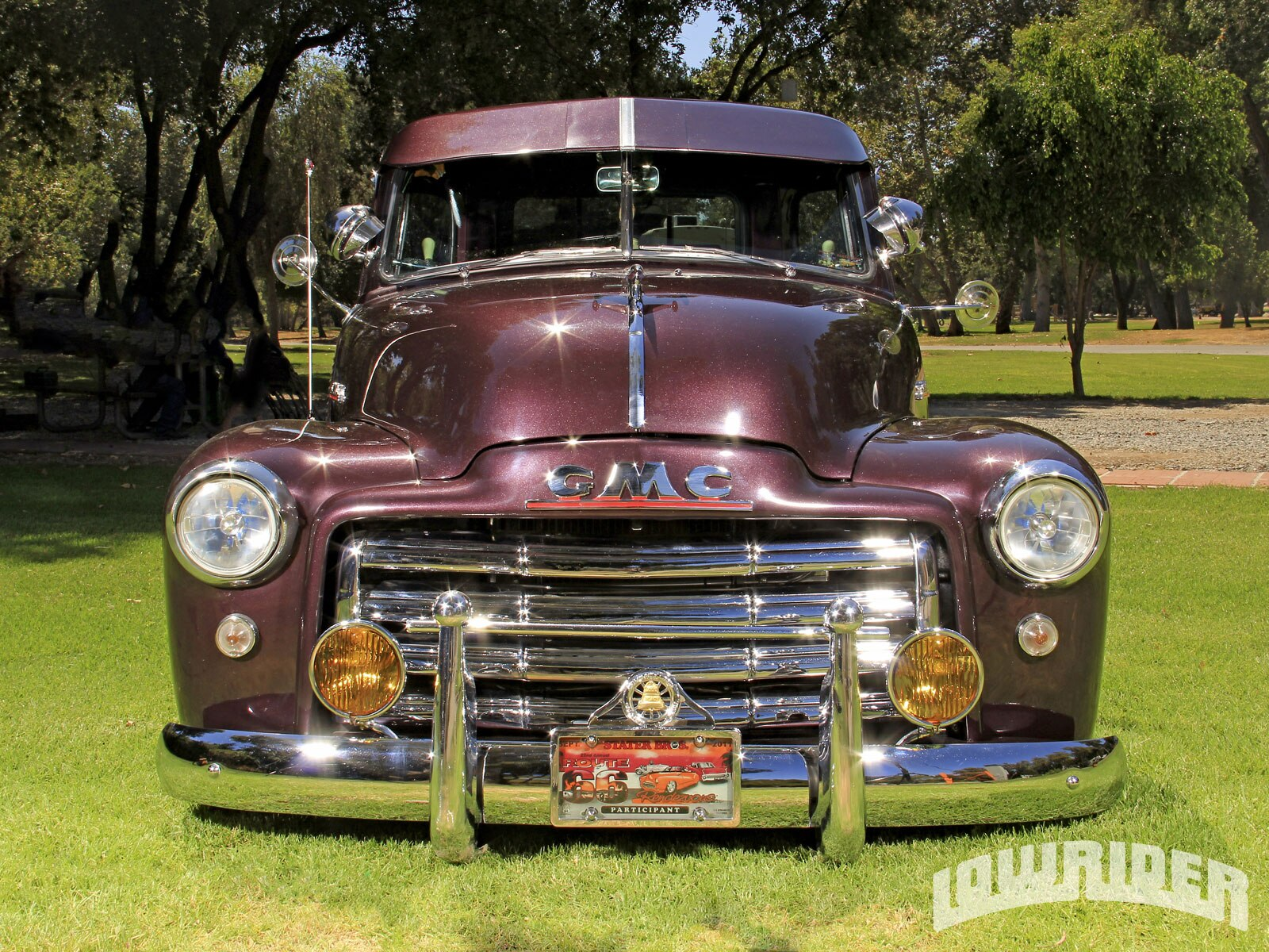 1212-lrmp-01-o-1952-GMC-1500-pickup-front-fascia1