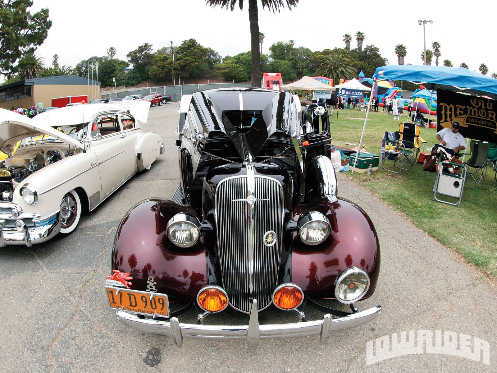1212-lrmp-01-o-california-car-cycle-super-show-lowrider-bomb1