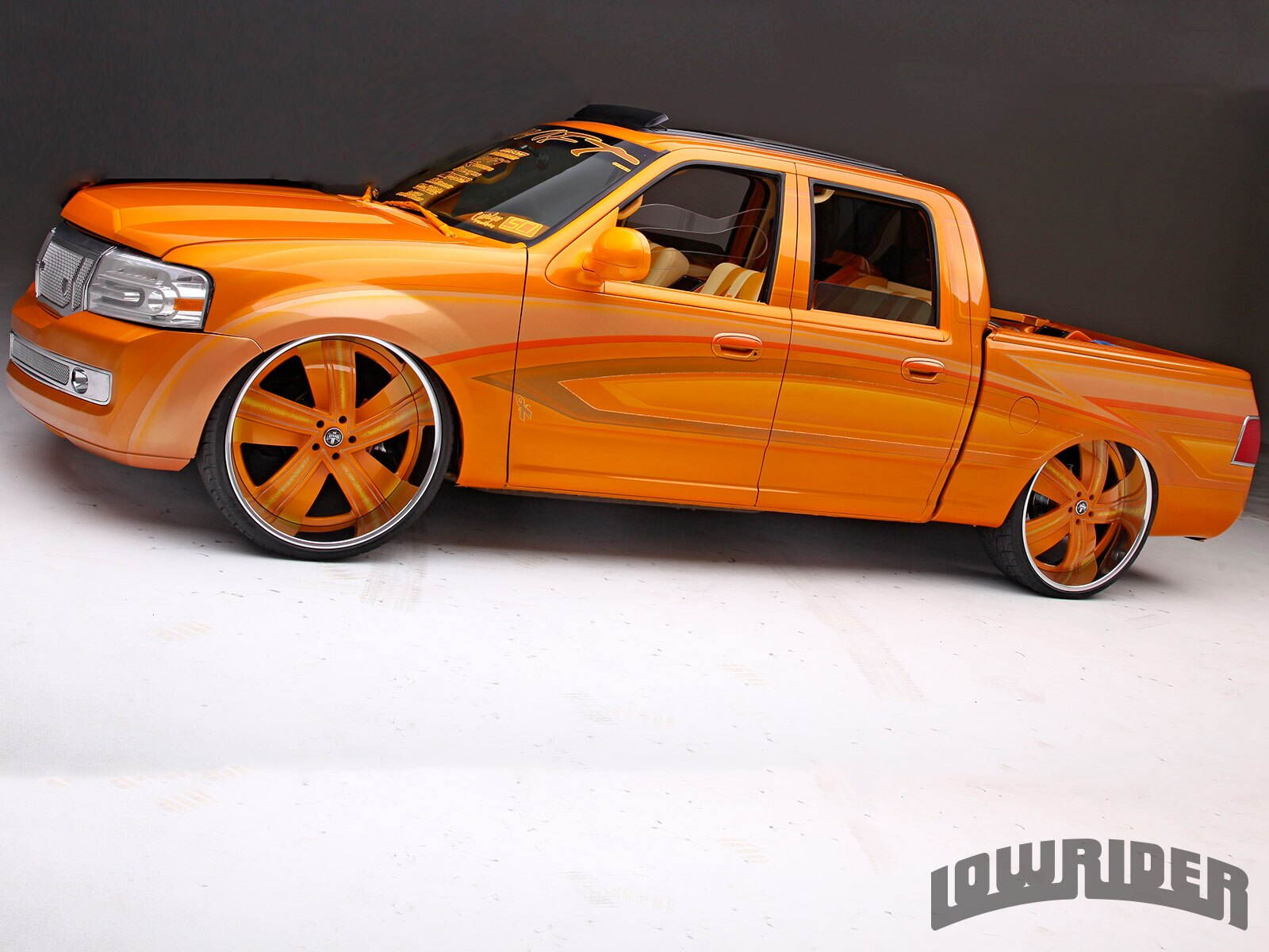2 112001 Ford F 150   Lowrider Magazine. 2001 Ford F150 Colors. Home Design Ideas