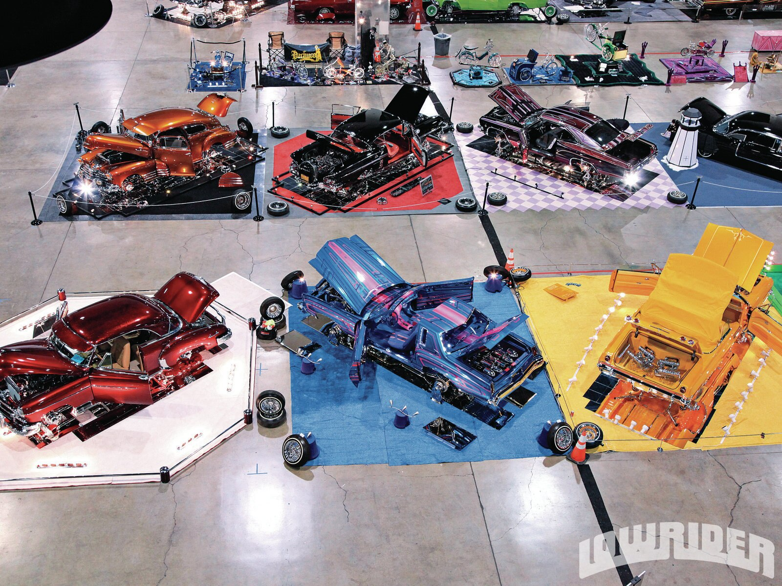 1304-lrmp-50-o-2012-las-vegas-anniversary-tour-cars-on-display-aerial-view1
