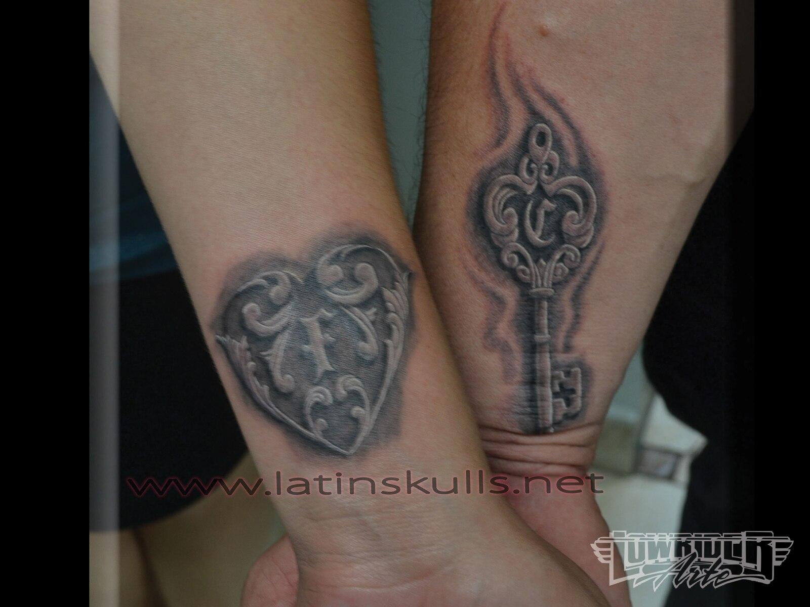 Latin skulls tattoo studio shop visit lowrider arte for Studio 7 tattoo