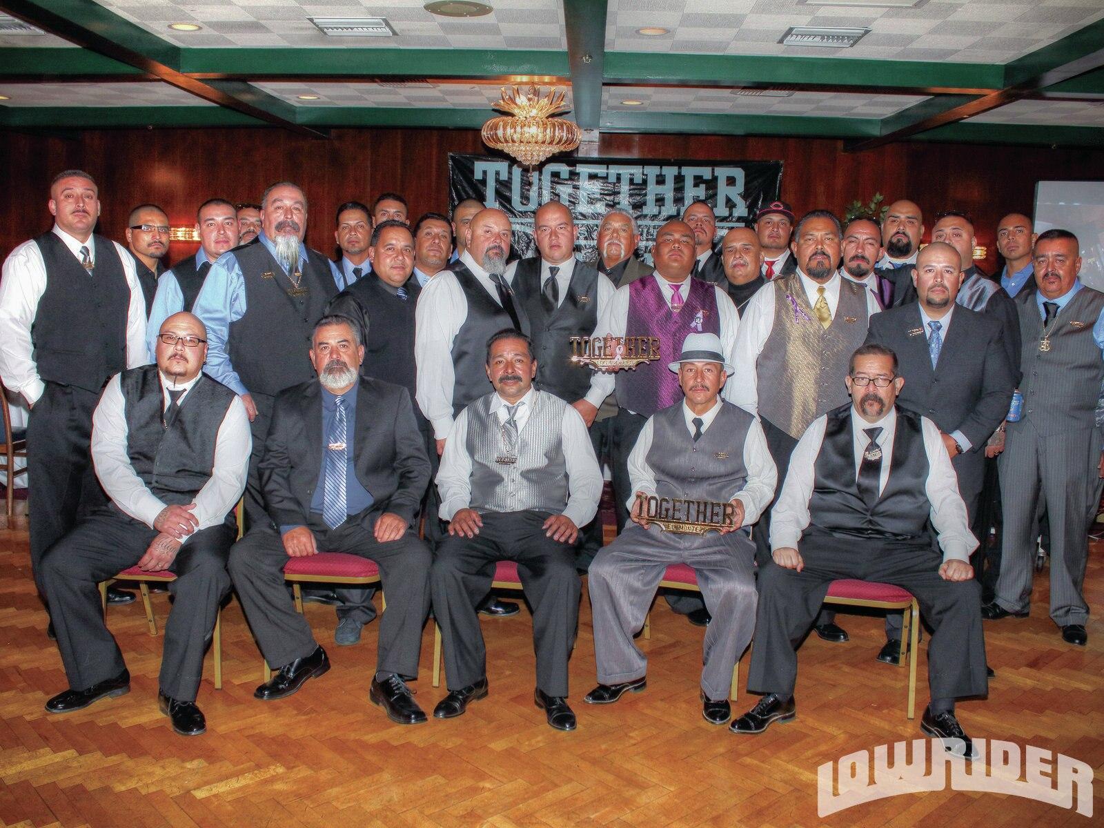 together-car-club-35th-anniversary-club-members-group-shot-21