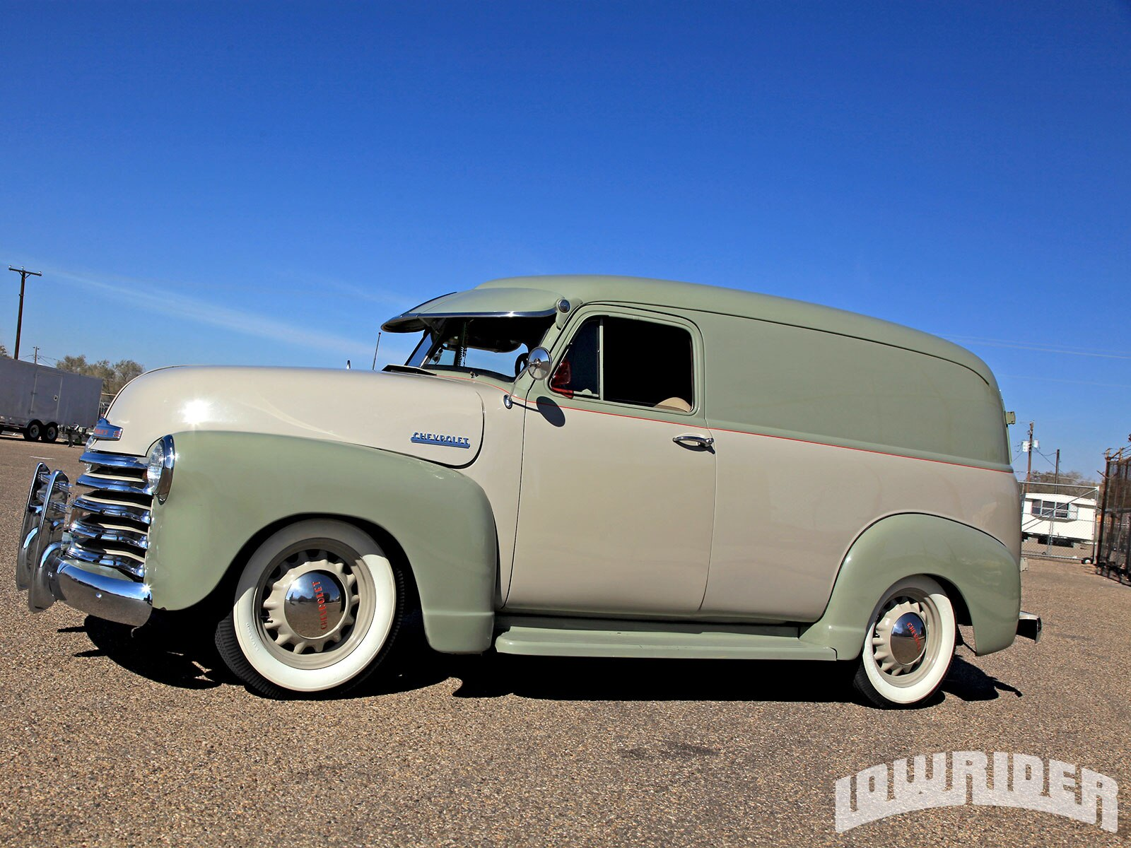 01-1951-chevrolet-panel-truck-driver-side-view1