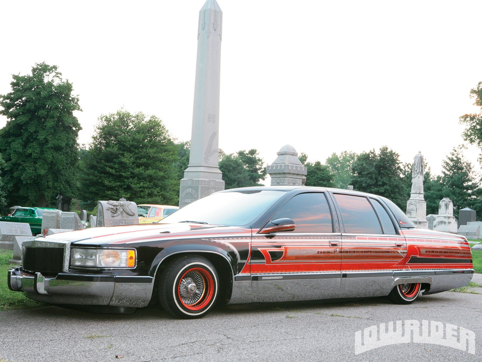 01-1995-cadillac-fleetwood-candy-orange-graphics2