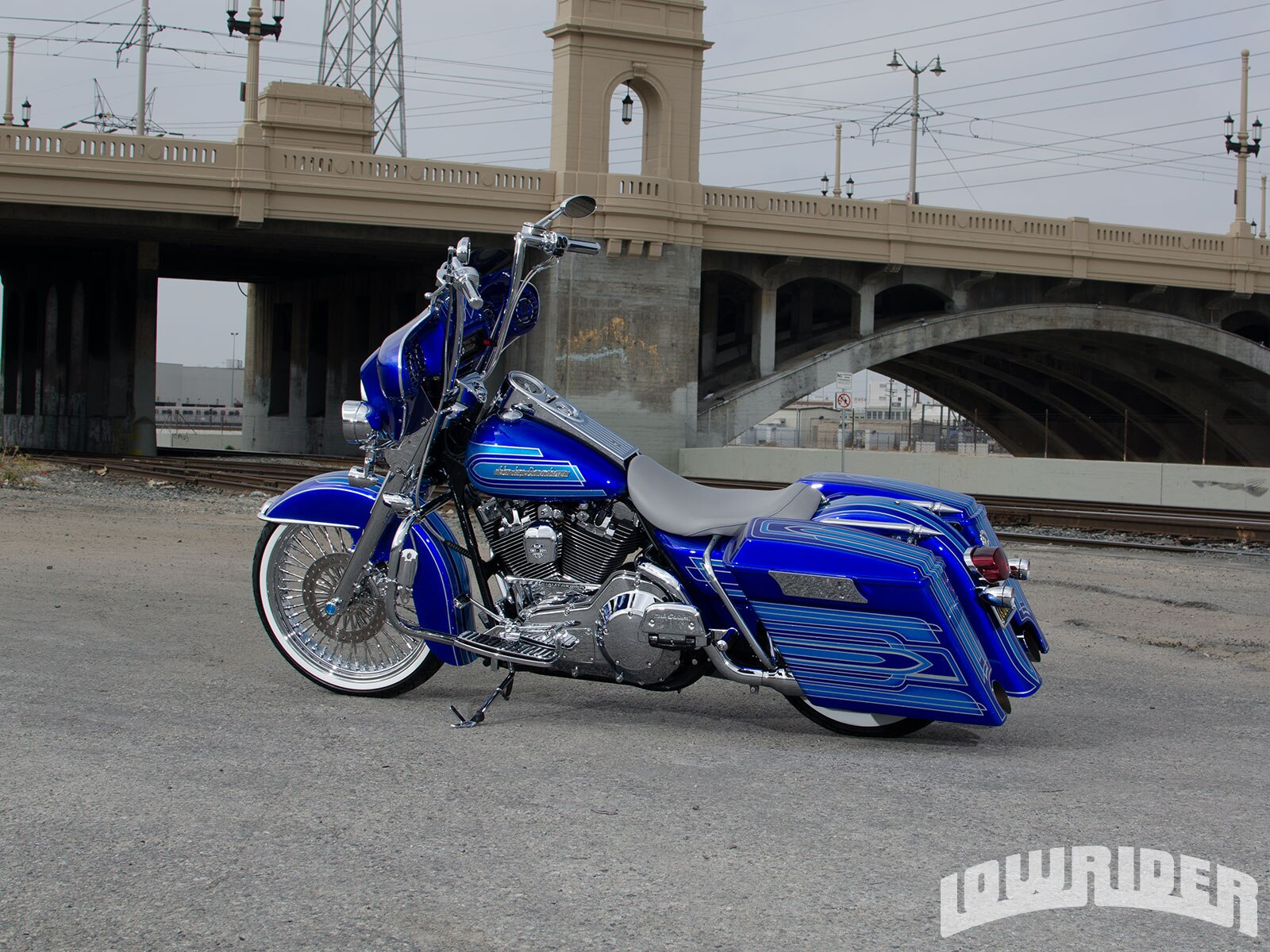 10-2002-harley-davidson-road-king-side-view2