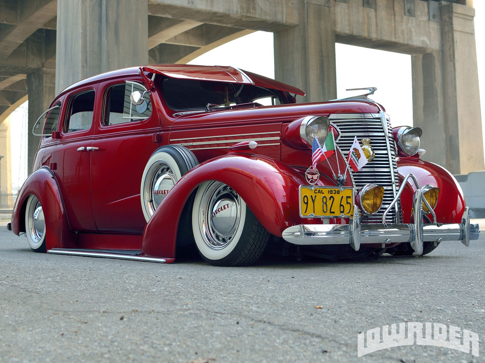 1938-chevrolet-master-deluxe-low-front-right-view1