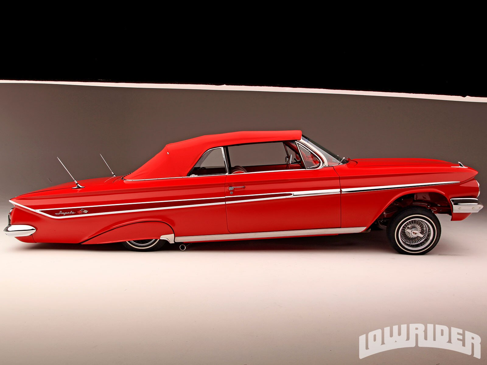 1961-chevrolet-impala-right-side-view1