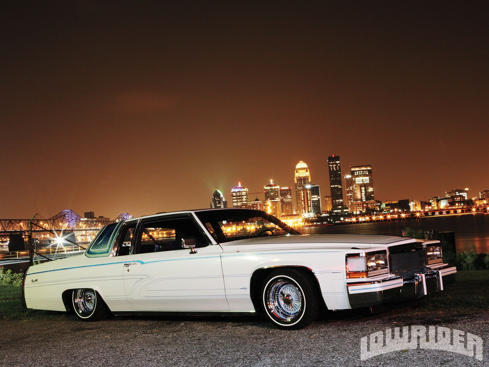 1983-cadillac-coupe-deville-front-right-view2