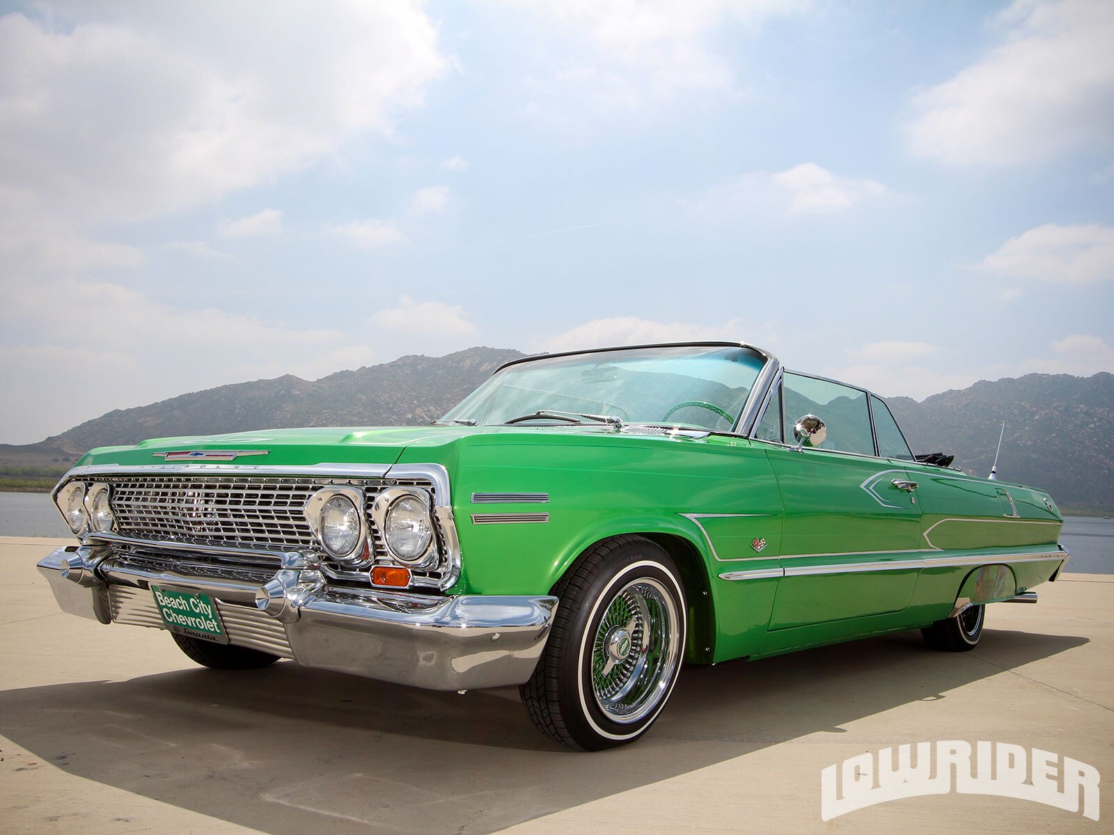 1963-chevrolet-impala-convertible-front-left-view-top-down2