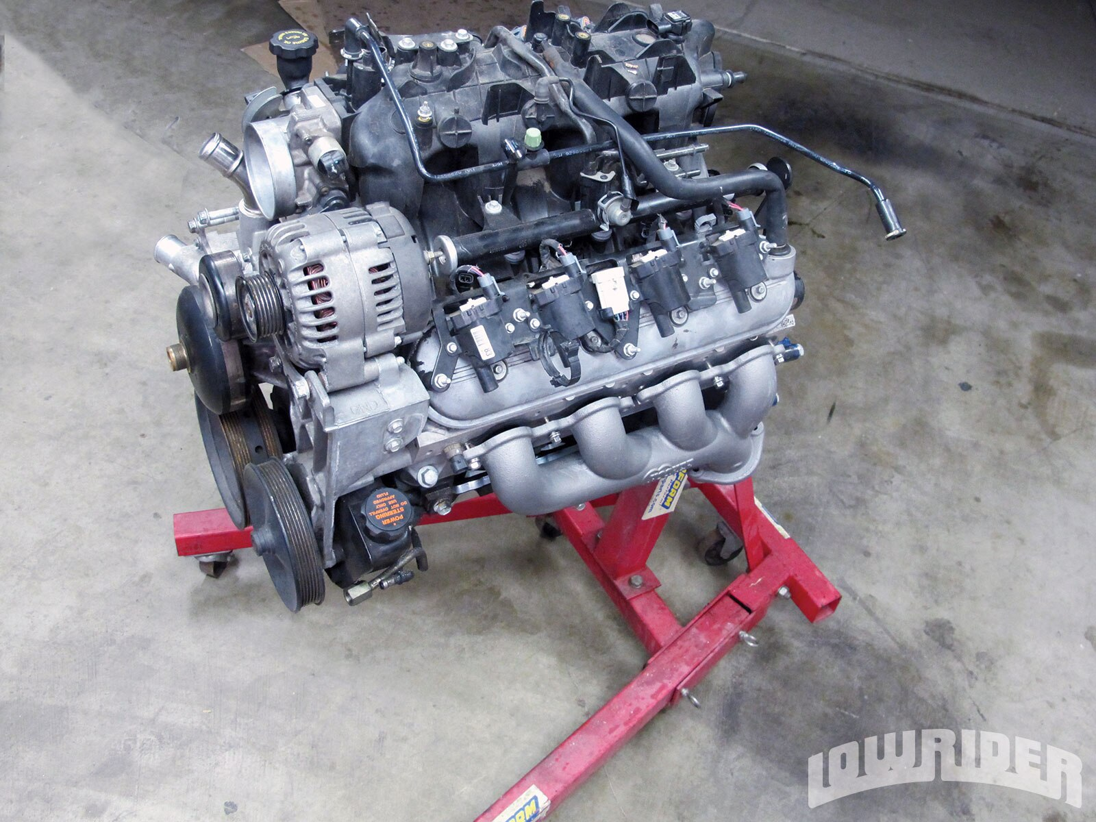 GM-engine-swap-engine-ready-for-installation1